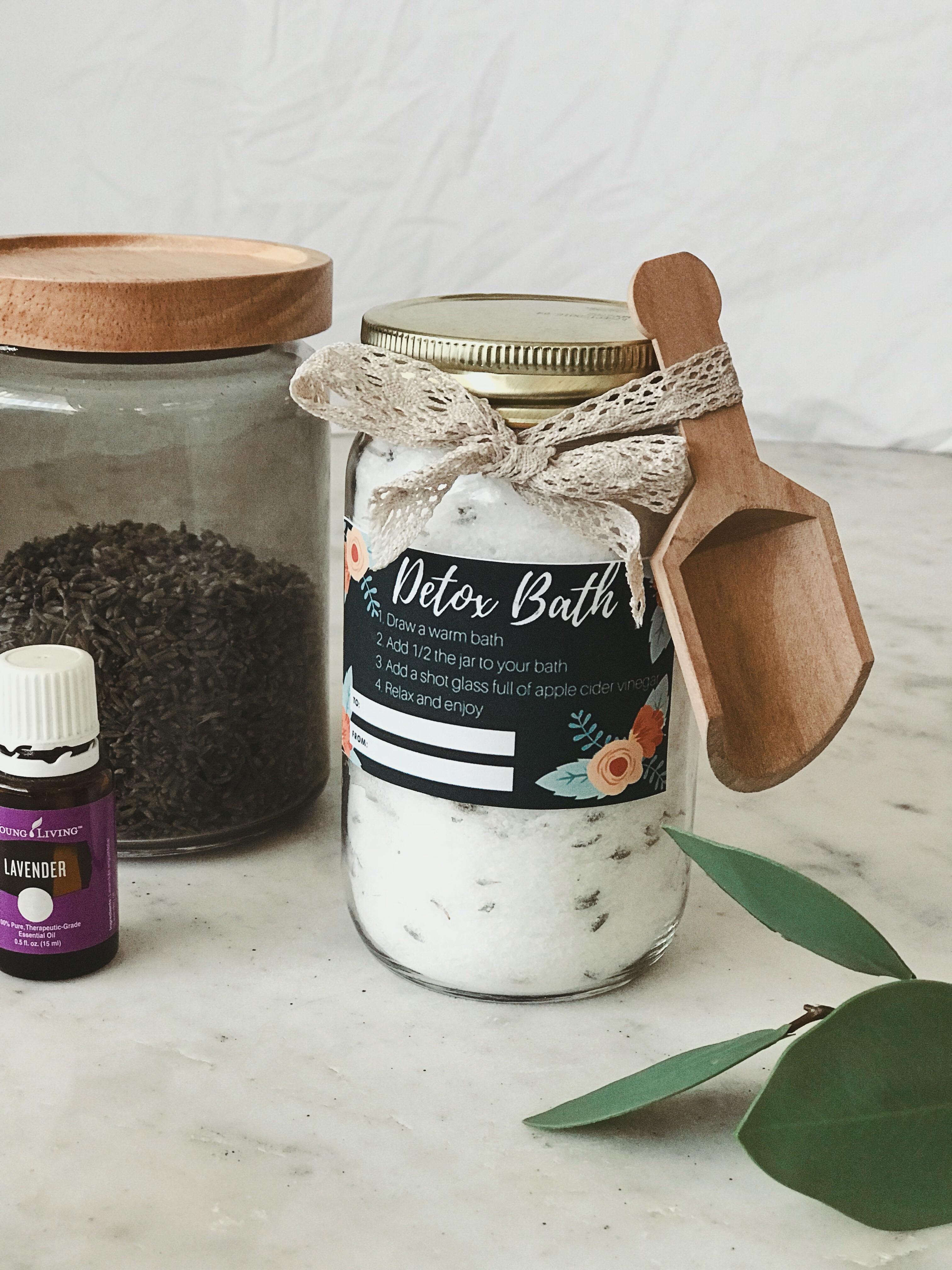DIY lavender detox bath